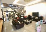 Short Walk to MRT, 3Sty Huge House, Bright and Cozy, Must View ! - Property For Sale in Singapore