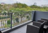 Beautiful 2.5 sty Terrace, <1km St Nicholas Girls . MRT, Walk to Food Centre, Shops & Bishan Park - Property For Sale in Singapore