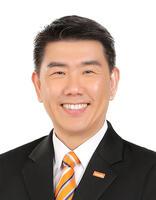 Stephen Tan