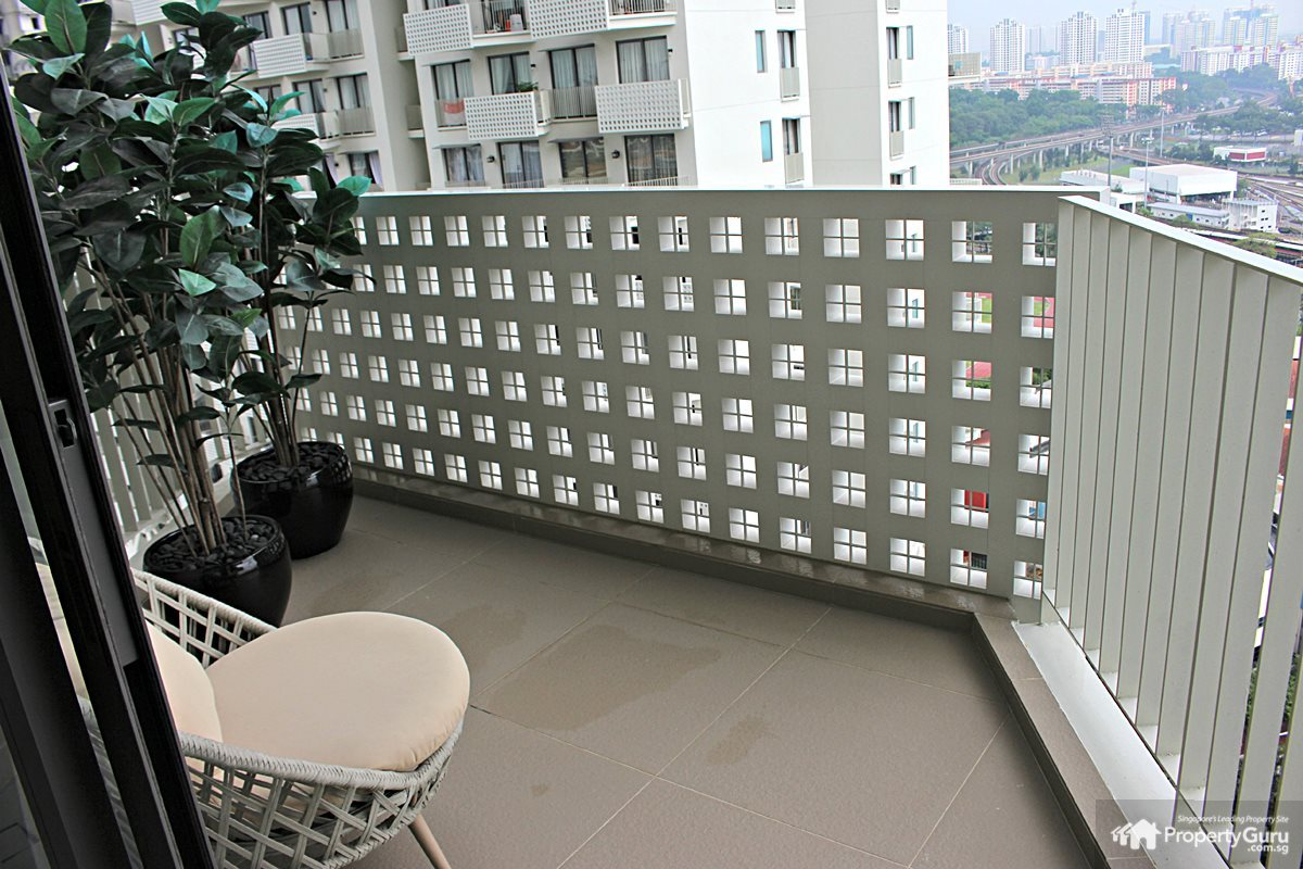 Sky habitat review propertyguru singapore for What does balcony mean