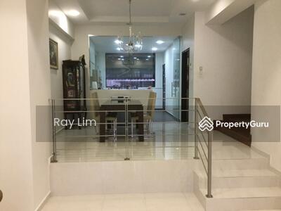 For Sale - Kovan - Renovated ! Near MRT/ Mall