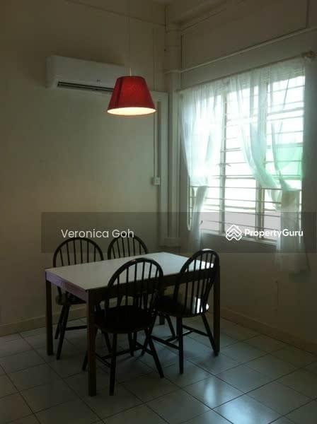 East Coast Walkup 1 Br Utilities Included 11b Stangee Place 1 Bedroom 650 Sqft