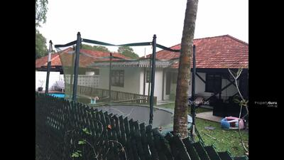 For Rent - Black N White Single Storey Bungalow with Pool at Swettenham Road