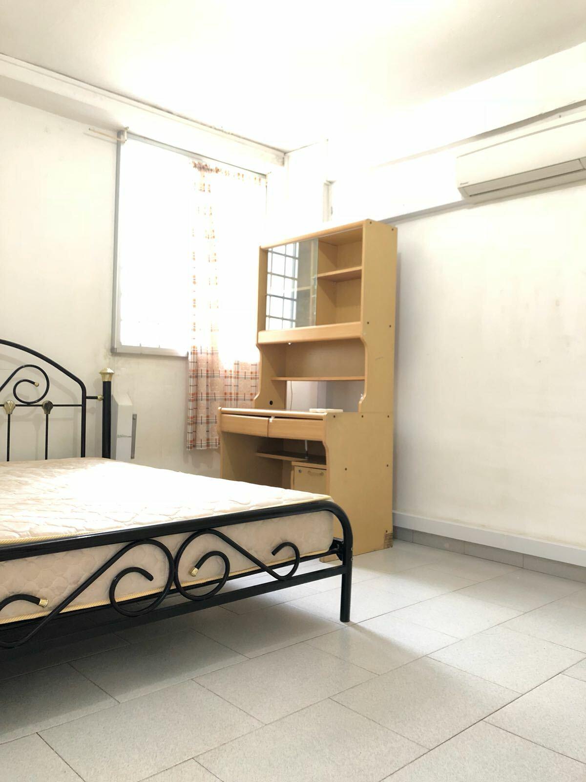 523 Bukit Batok Street 52 #97236184