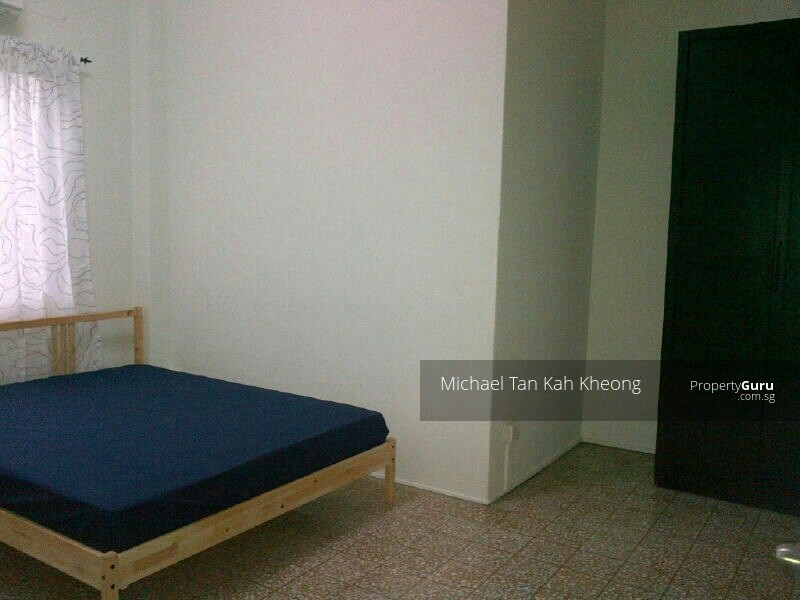 Room For Rent Near Pasir Panjang Mrt