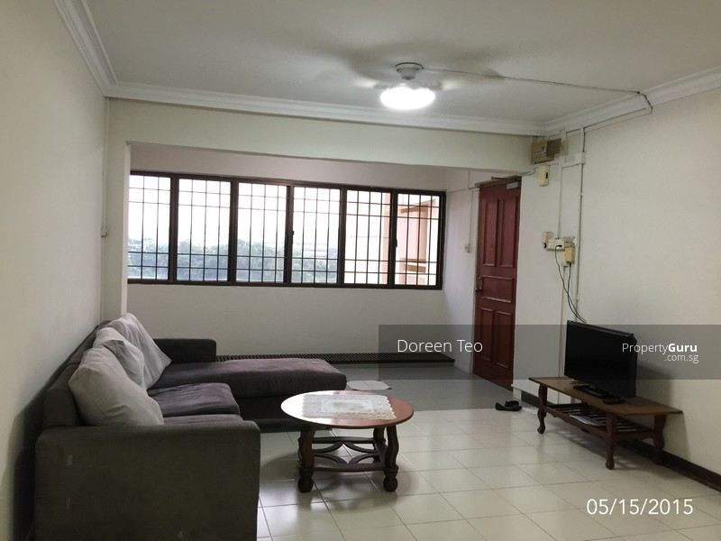 Spacious 3 bedrooms hdb near clementi mrt for rent blk 204 clementi ave 6 204 clementi avenue Master bedroom clementi rent