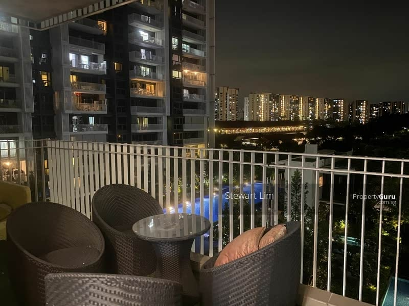 The Lakefront Residences #128845620