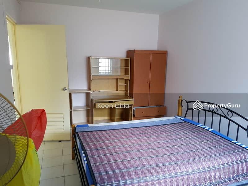 904 jurong west street 91 904 jurong west street 91 2 Master bedroom for rent in jurong west