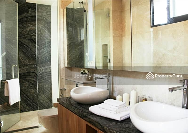 Lovely *Master Suiteu0027s Bath