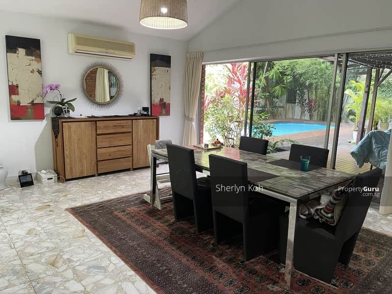 For Rent - Bungalow with Pool