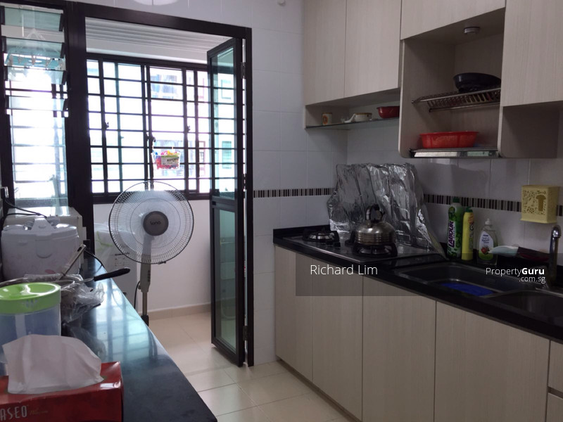371 Jurong East Street 32 371 Jurong East Street 32 1 Bedroom 215 Sqft Hdb Flats For Rent