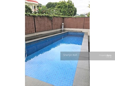 For Rent - Renovated - Tropical semi-detached with pool