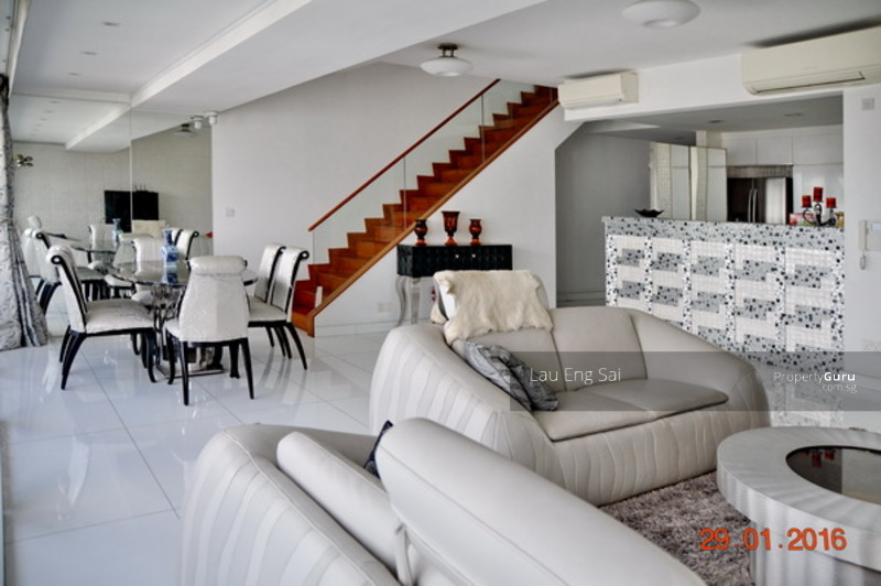 Rochester Penthouse With Private Roof Garden And Pool 33 Rochester Drive 3 Bedrooms 3843 Sqft