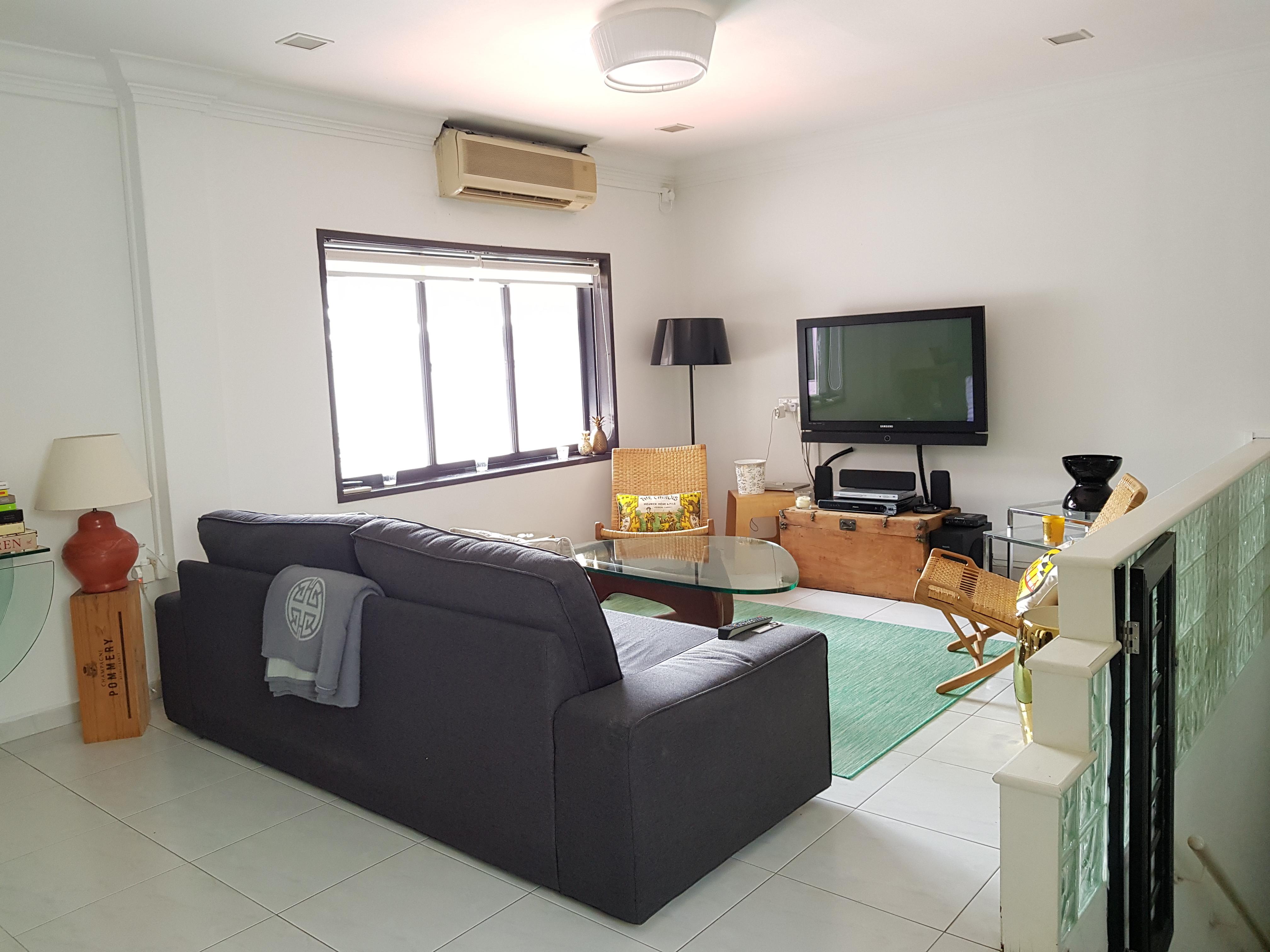 55 Tiong Bahru Rd, Block 55, Singapore 160055 #128428508