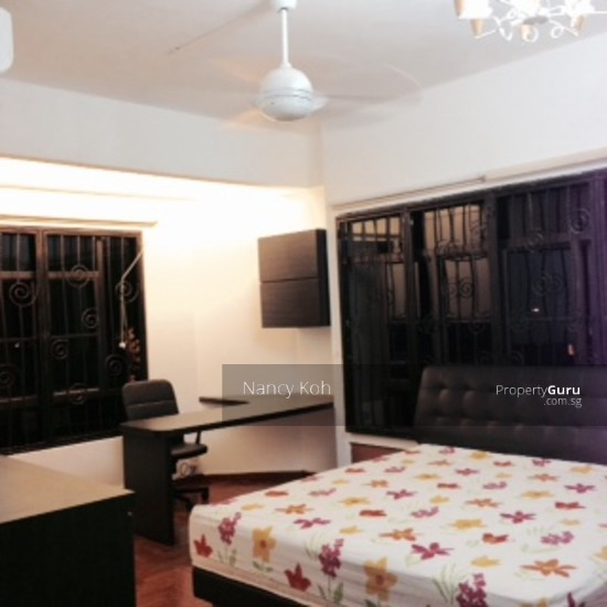 Huge Master Bedroom Newly Renovated Near Kembagan Mrt Semi D Can Cook Lorong Marican Room