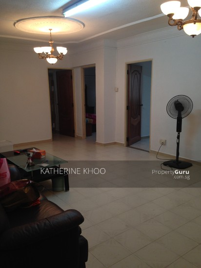 Blk 331 jurong east ave 1 3 bedrooms 1119 sqft hdb flats for rent by katherine khoo s Master bedroom in jurong east