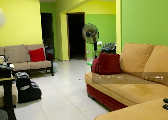 202 Ang Mo Kio Avenue 3 202 Ang Mo Kio Avenue 3 2 Bedrooms 872 Sqft Hdb Flats For Rent By