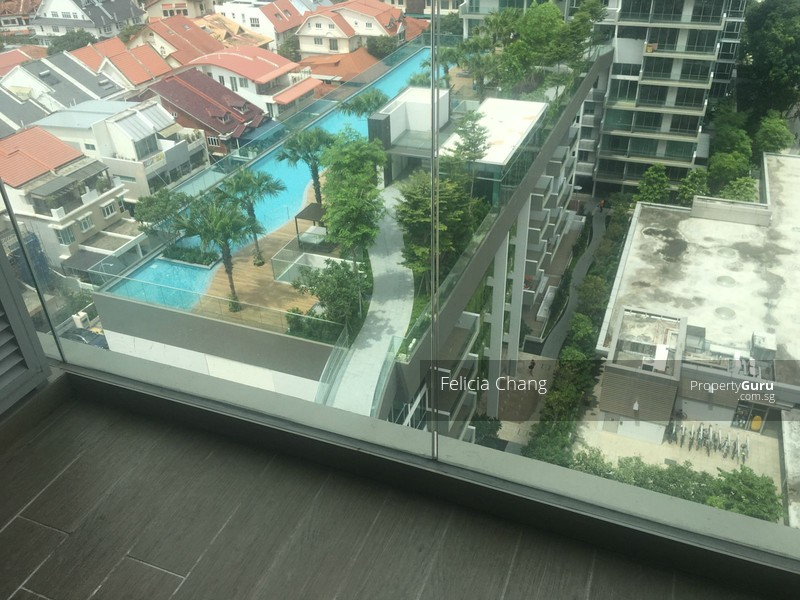 High floor corner apartment with swimming pool views