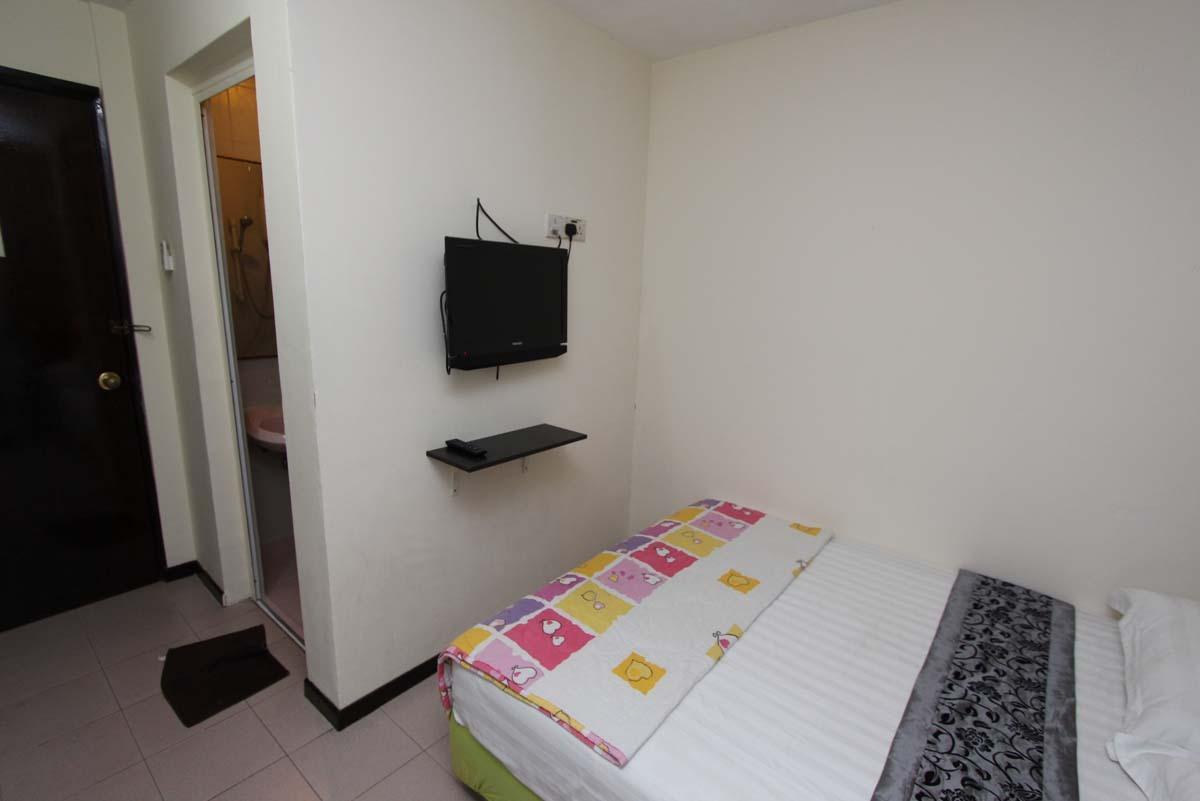 Master Room Aljunied Mrt Aljunied Mrt 1 Bedroom 150 Sqft Condominiums Apartments And