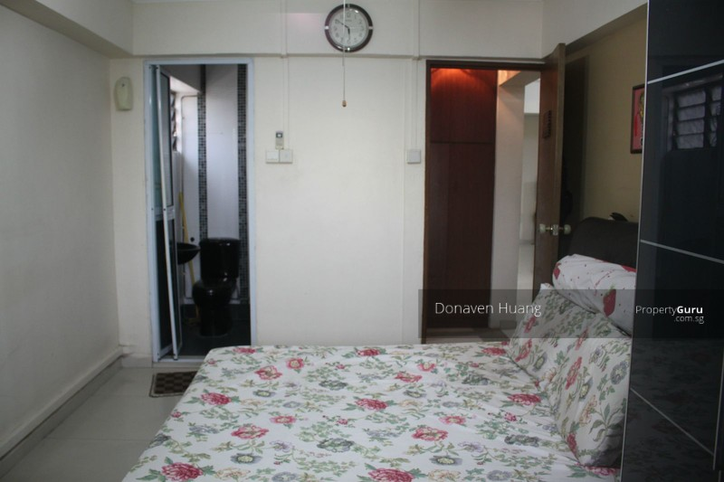 209 jurong east street 21 209 jurong east street 21 3 bedrooms 1313 sqft hdb flats for sale Master bedroom in jurong east