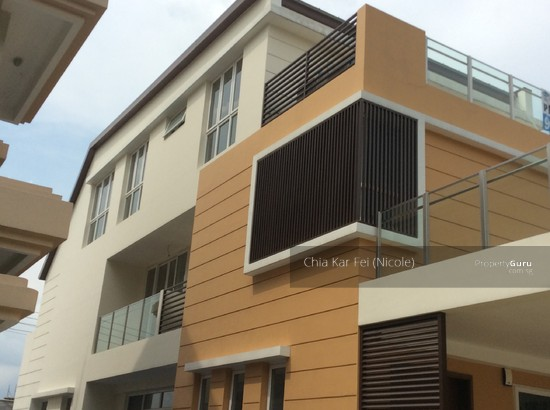 Seletar hills estate jalan bangau 6 bedrooms 5500 sqft for Kar design apartments
