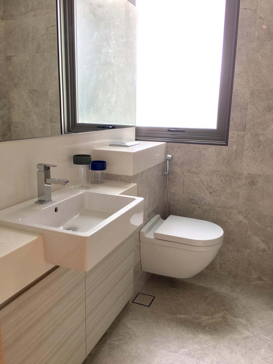 6 derbyshire 4 derbyshire road 3 bedrooms 1012 sqft - Bathroom cabinets singapore ...