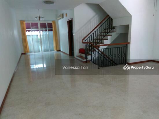 Terrace Cluster Ang Mo Kio Estate Ang Mo Kio Ave 2 6 Bedrooms 3600 Sqft Condominiums