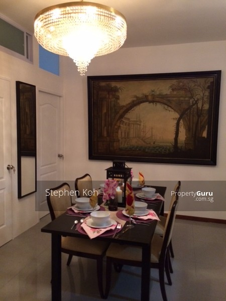 Sims Green Condo Room For Rent