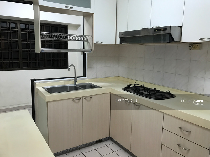 322 sembawang close 322 sembawang close room rental 120 for 120 square feet room
