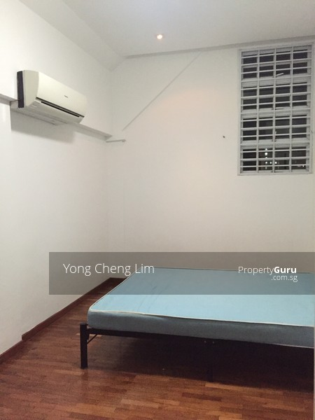 No owner staying near serangoon mrt master room at 43 sommerville walk for rent room rental Master bedroom for rent near serangoon mrt