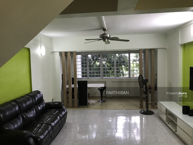 547 jurong west street 42 547 jurong west street 42 2 Master bedroom for rent in jurong west
