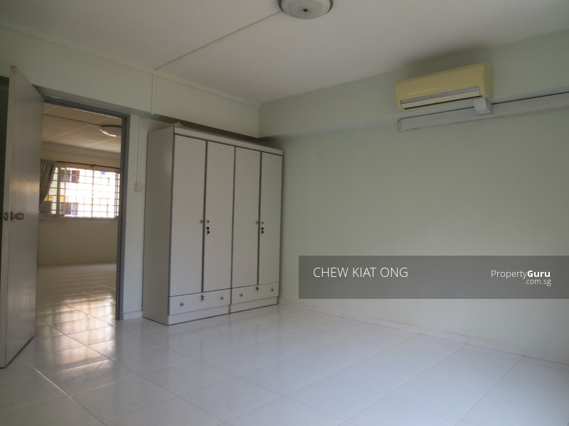 283 Choa Chu Kang Avenue 3 283 Choa Chu Kang Avenue 3 3 Bedrooms 1206 Sqft Hdb Flats For