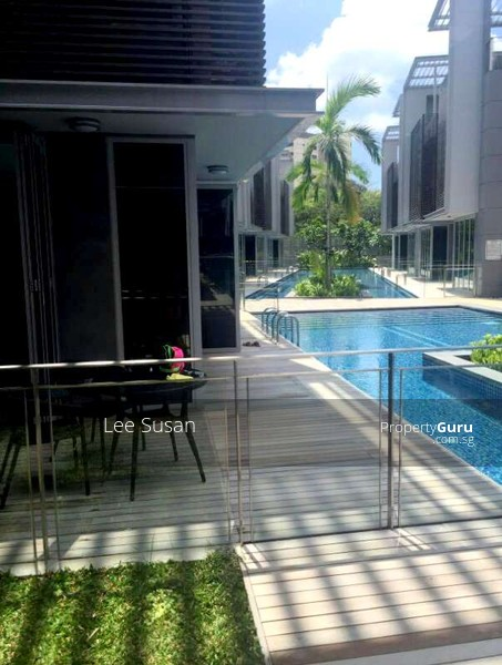Door step to Swimming pooll