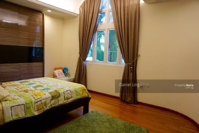 For Sale - DETACHED 1KM TO SCGS --- Merryn Vicinity