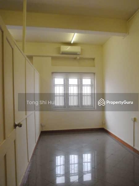 464 geylang road geylang road 3 bedrooms 1200 sqft landed houses terraced houses detached Master bedroom for rent in geylang
