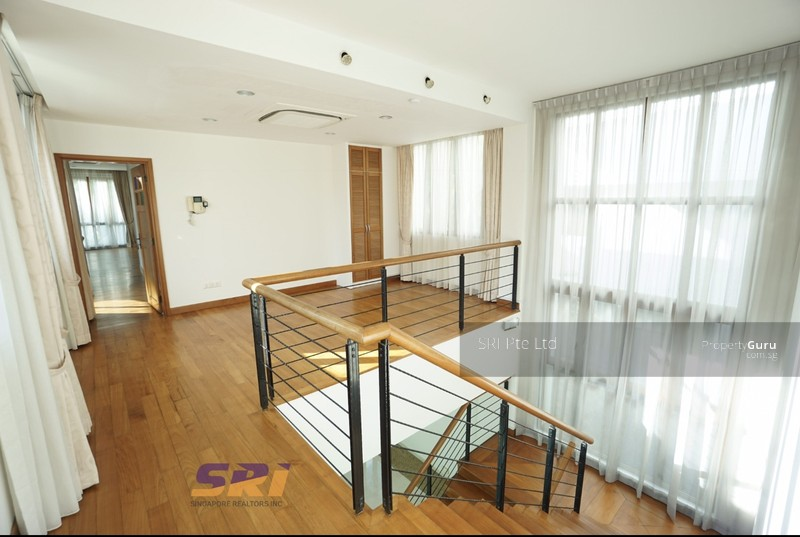 ☆ Modern Resort-Style Home in Holland Vicinity ☆, 6 Bedrooms, 6000 ...