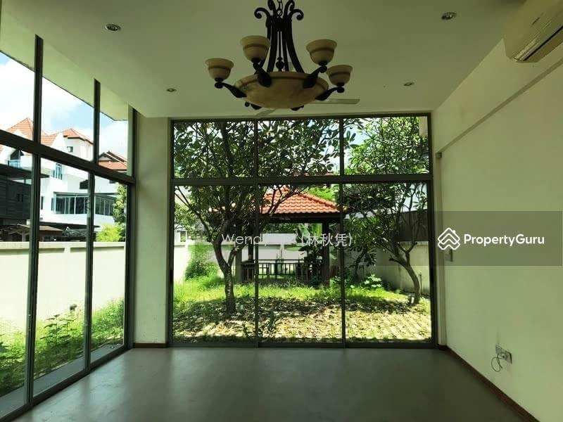 Jalan Senang Corner Terrace Big Garden #126528618