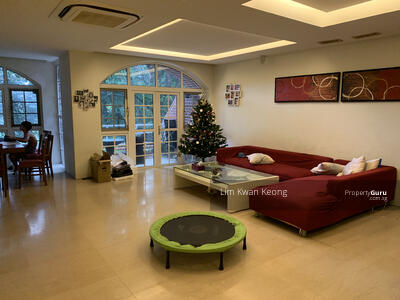 For Sale - Mount Faber Lodge