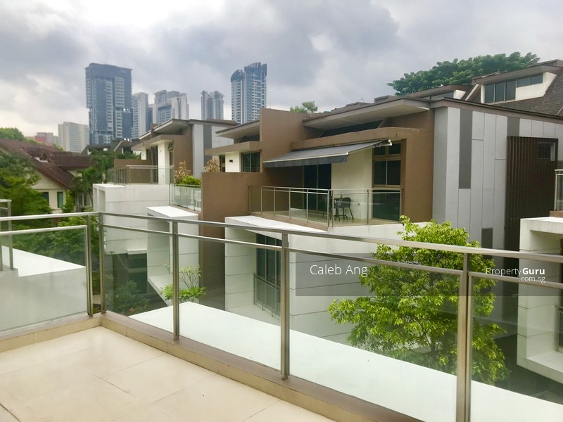FREEHOLD STRATA HSE @ WHITLEY ROAD #100189922