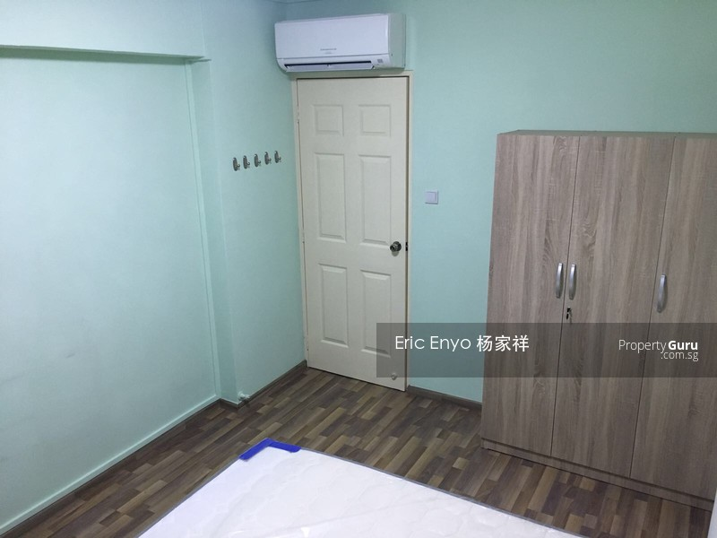 696 Jurong West Central 1 #100303260