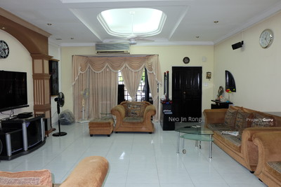 For Sale - Onan Rd 3 Storey for sale. Walk to Paya Lebar