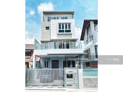 For Rent - 3. 5 Storey Semi-D with German lift