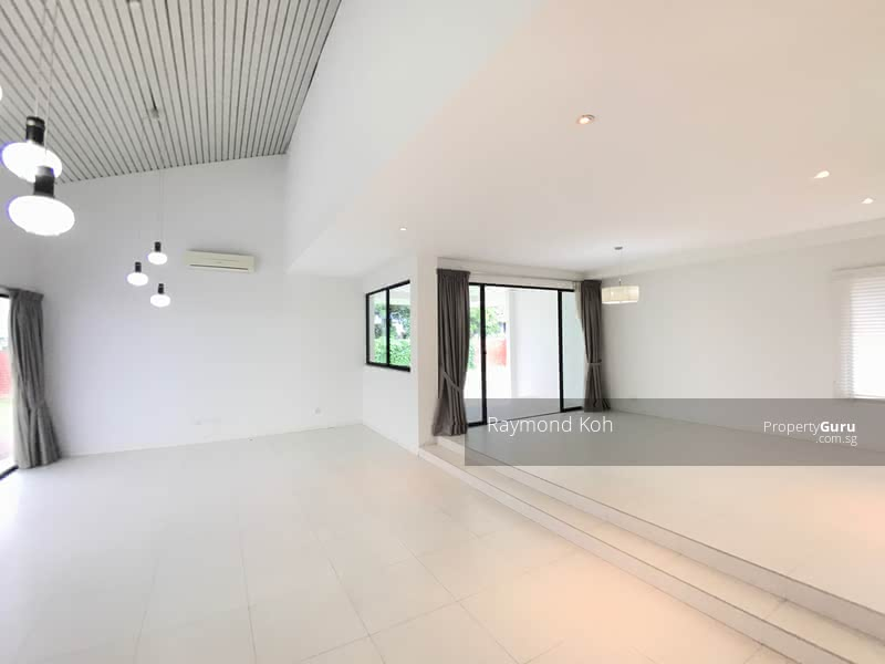 *Firesale!! Within 1 km from Tao Nan School! 2 Storey Detached House #105416502
