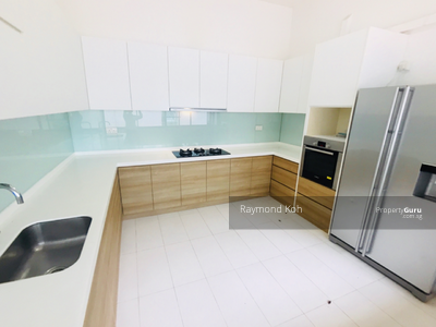For Sale - *Firesale! ! Within 1 km from Tao Nan School! 2 Storey Detached House