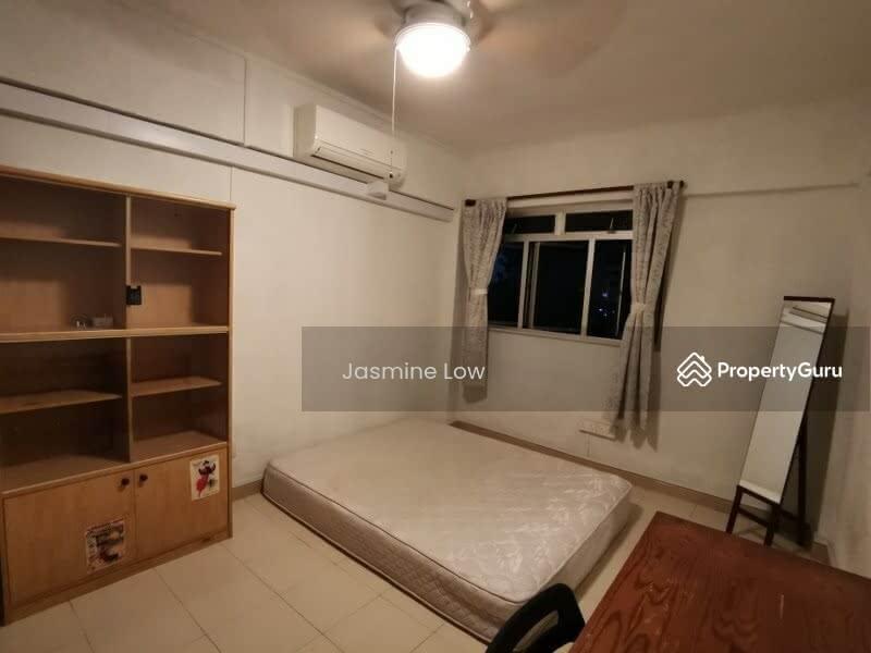 319 Jurong East Street 31 #105027872