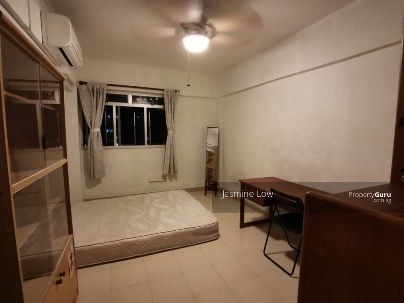 319 Jurong East Street 31 #105027876