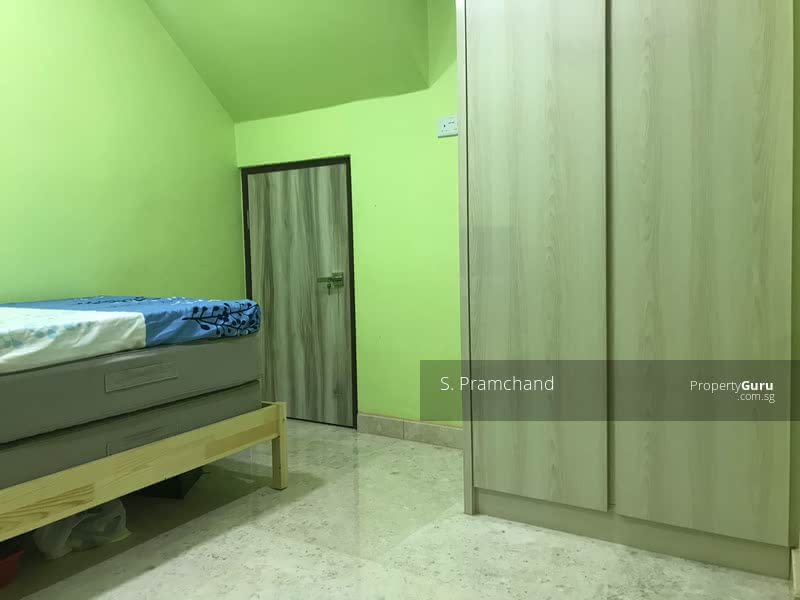 Room for rent in Landed house #106072568
