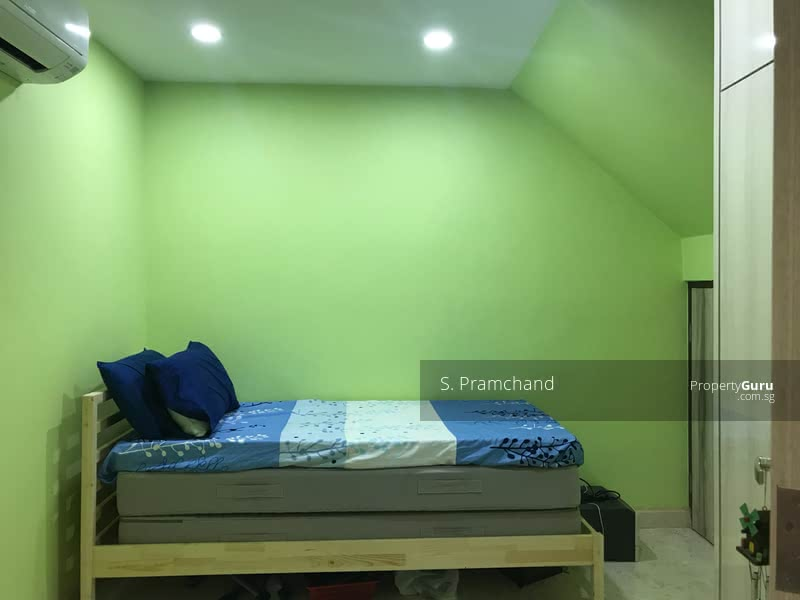 Room for rent in Landed house #106073050