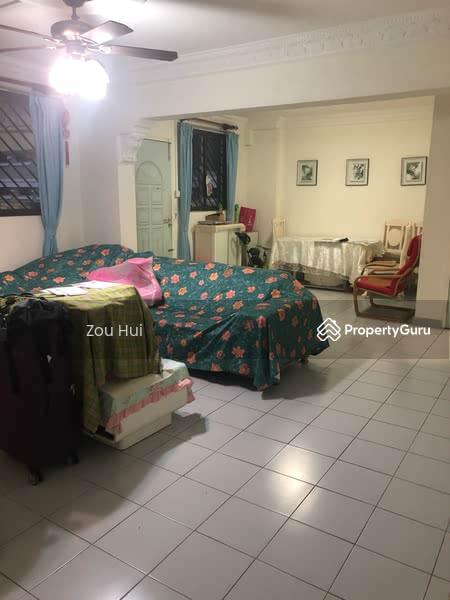 812 Jurong West Street 81 #106309826