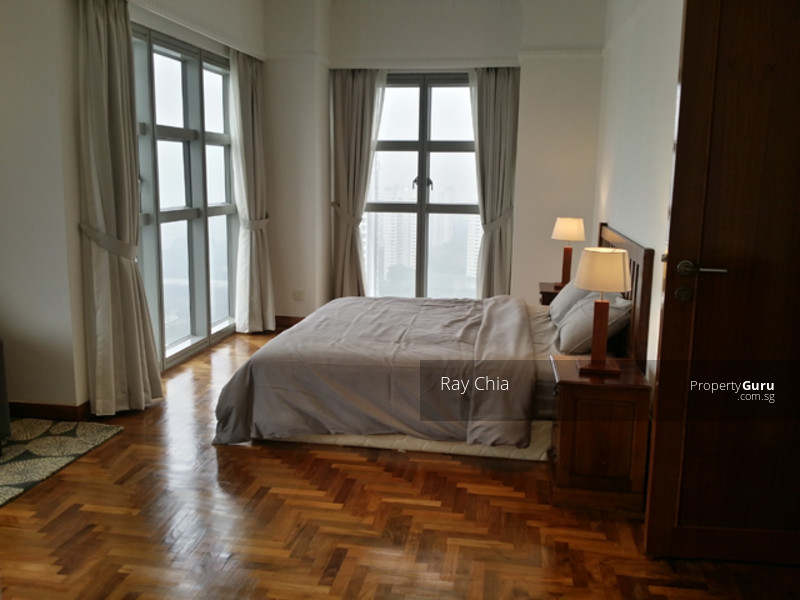 Bright and Spacious Bedroom with Great View!